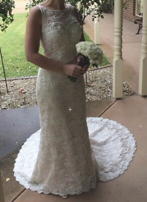 Brides Desire Wedding Dress.                         Size 8 - 10, Paid $3,500.00