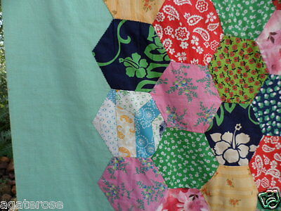Antique vintage patchwork hand pieced old hexagon bed coverlet quilt cover