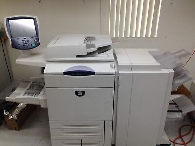 Xerox 242 and Xerox 252 with High Capacity Feeder and Light Production Finisher