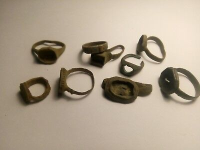 Ancient rings . Metal detector finds  N 11