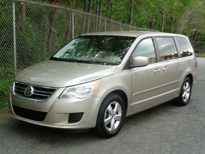 2009 Volkswagen Routan SEL PREMIUM FULLY LOADED 7-PASSENGER MINIVAN! NAVI BACKUP CAM LEATHER HEATED SEATS DUAL TVs/DVD BLUETOOTH T&C TOWN & COUNTRY