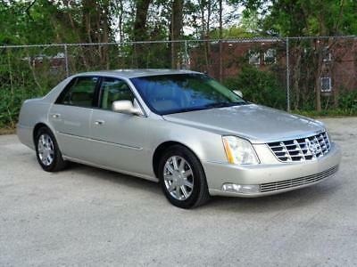 2007 Cadillac DTS Luxury! LOADED! CLEAN AUTOCHECK! 99K Mls! NO RESERVE REMOTE START PARKTONICs LEATHER MASSAGE/HEATD/COOLING/MEMO SEATS