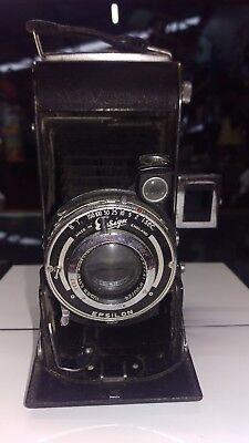 Vintage camera Epsilon ensign selfie 420