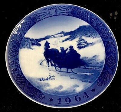 1964 Royal Copenhagen Christmas Plate - No Original Box R20
