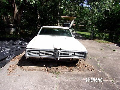 1968 Pontiac Grand Prix  1968 Pontiac Grand Prix ,428, 4speed manual transmission