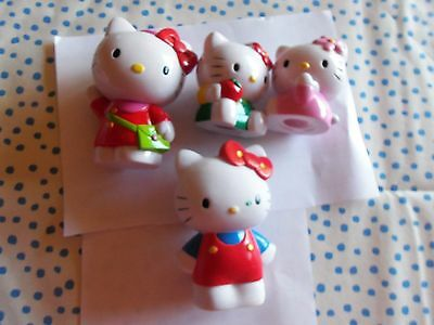 4 Hello Kitty Figuren