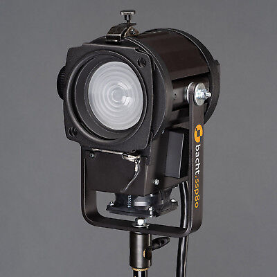Bacht SSP 80 Fresnel Spot Flash Head for Bowens 2000 Ws
