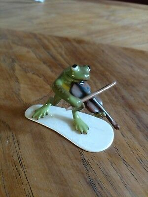 Hagen Renaker Fiddle player  specialty line collectible frog miniature HR