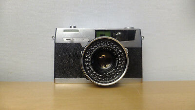 Vintage Petri 7s 35mm Camera with 2.8 45mm Lens and Case