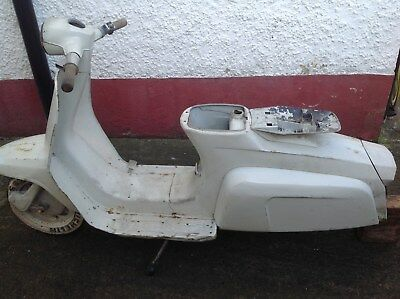 Lambretta J125  4 speed Scooter used - Spares or restoration