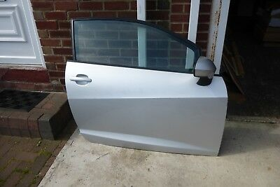 Genuine 2013 Seat Ibiza door mirror, other parts available to list on eBay,