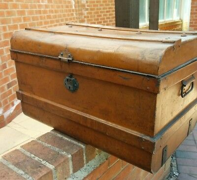 Vintage Metal Tin ? Trunk luggage Railway ? Shipping ? Very old