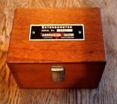 Hounsfield Extensometer by Tensometer Ltd Croydon. In Wooden Case
