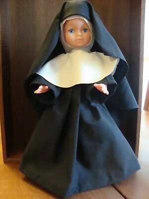 VINTAGE Nun Doll. Made in HONG KONG! ADORABLE!