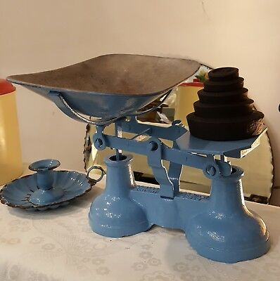 Vintage Cast Iron Kitchen Scales with weights