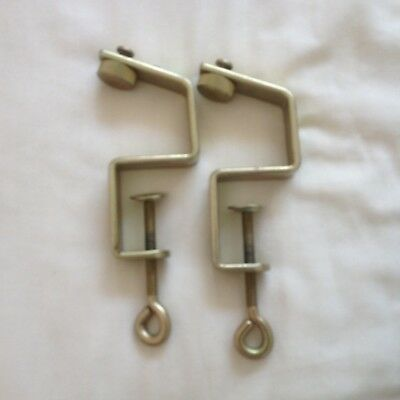 BROTHER chunky KNITTING MACHINE PARTS RIBBER AND TABLE CLAMPS  SET