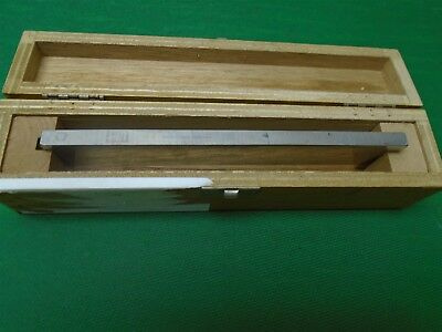 MicroTome Blade Hacker Instrument H/I Profile C w/Wood Box Used