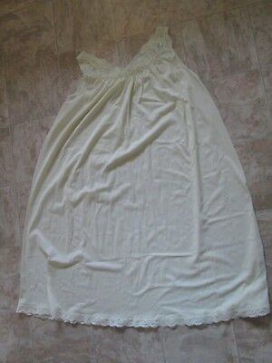 Vintage Yellow Shadowline Lace Trim Nightgown Size Large