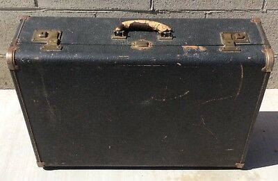 Vintage WHEARY WADROLETTE Trunk Suitcase Luggage Steamer Wooden Hangers