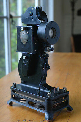 Pathe (Pathé) Baby 9.5mm Projector