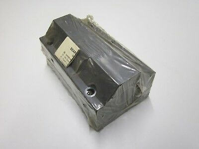 NOS Thomson SSETWNM30DD Pillow Block Linear Ball Bushing Bearing 30mm Bore