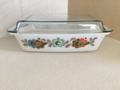 JAJ Pyrex Tempo Carnaby Oblong 542 Space Saver Casserole Dish With Lid