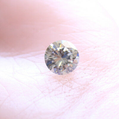 2.77 ct 9.50 mm VVS2 (Grey), Loose Moissanite Hardness 9.25 Round Brilliant Cut