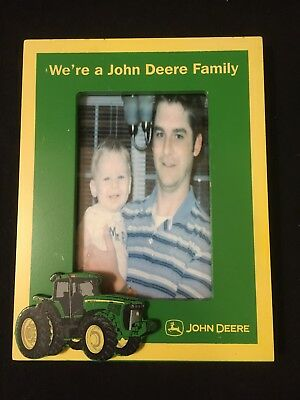 JOHN DEERE TRACTOR WOOD SIGN PICTURE FRAME/We're a John Deere Family