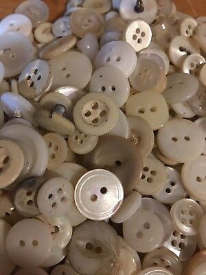 Mixed Lot Of Old And New Buttons, All Types And Sizes -225 Pcs-