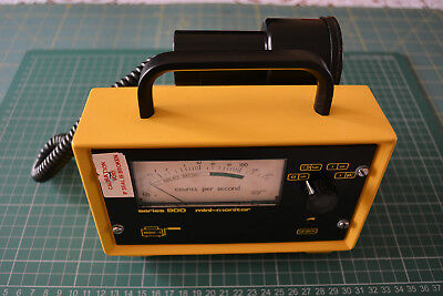 Geiger Counter Mini Monitor 900 GM Radiation Monitor and EP15 Probe working
