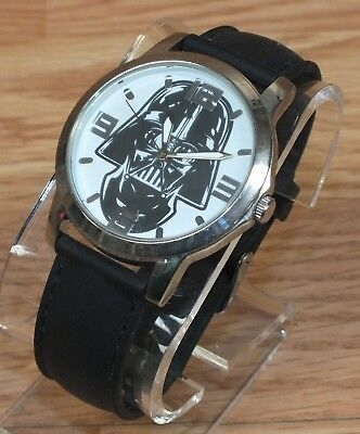Genuine Lucasfilm (SWCKQ030) Stainless Steel Back Rubber Band Wrist Watch *READ*
