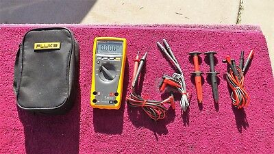 Fluke 179 *mint!* True Rms Multimeter With Lots Of Accessories!