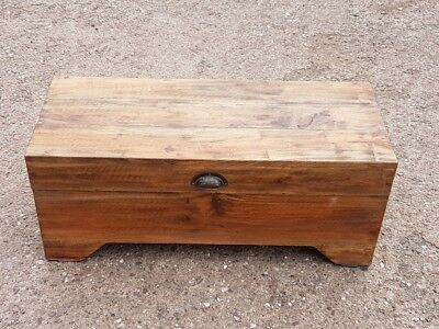 Rustic Travel Trunk Coffee Table Cottage Wooden Pine Chest Vintage Blanket Box