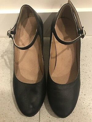Bloch dance shoes in ladies size 8