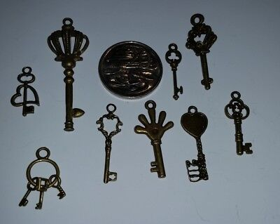 9 x small keys (LOT #2) copper craft charms