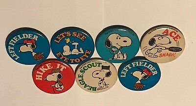 Lot of 7 vintage SNOOPY Peanuts 1958 original pin back buttons charlie brown