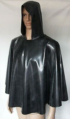 Latex  Cape hüftlang Kapuze