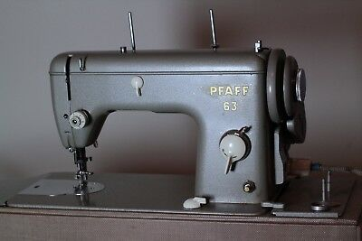 Pfaff 63 Vintage Sewing Machine (Electric) - Complete, Working, Spare Parts