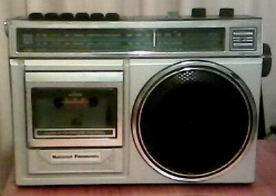 Vintage 'BOOM BOX' Radio. National Panasonic RX1280A (collectors item)