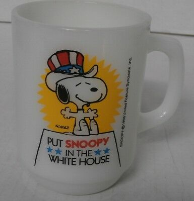 Vintage 1980 Put Snoopy in the Whitehouse Mug - Anchor Hocking Oven-Proof - s1c
