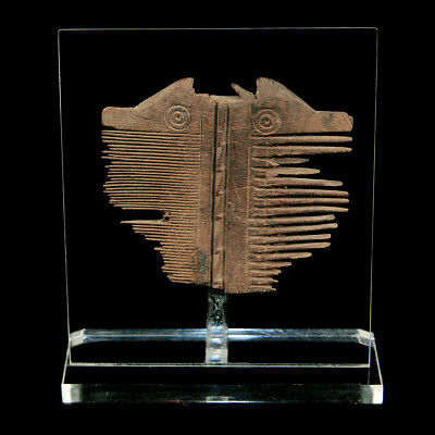 An Coptic wooden hair comb y3092