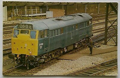 O.P.C. Collectors No.2 Number 31.414 at Southhall 1970s Postcard (P309)