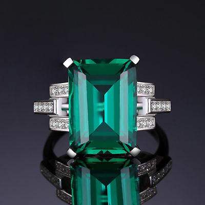 5.9ct Gorgeous Large Emerald Sterling Silver Ring Size 8 unique Stunning Ladies