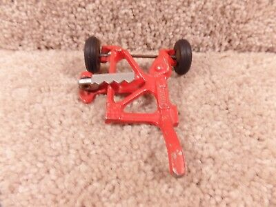 Slik Toy Cast Iron Red Toy Farm Implement Stamped 9825  Black Rubber Tires A