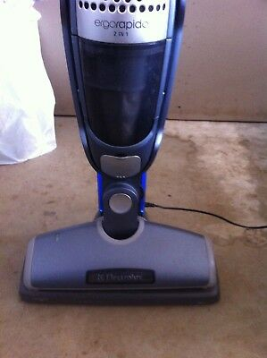 Electrolux ZB271TF 9.6V Ni-MH Battery Vacuum Cleaner 2 in1 Stick Vacuum Metallic