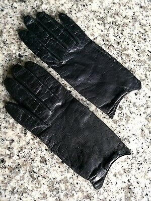 Vintage Ladies Black Leather Wrist Length Gloves With Bows - Guessing Size 6 1/2