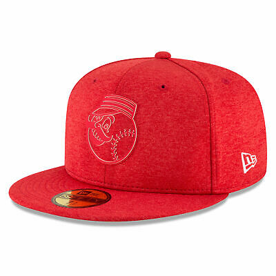 MLB Cincinnati Reds New Era 2018 Clubhouse 59FIFTY Fitted Cap Hat Headwear