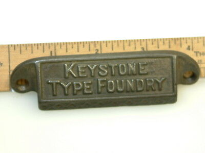 Keystone Type Foundry Cast Iron Type case/drawer pull /ca.1888 / Free Shipping
