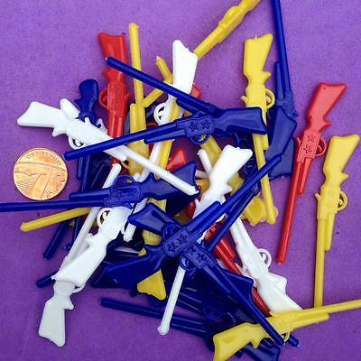 20 x Small Plastic Rifles, Guns, Party Loot Bags, Embellishments, Charms