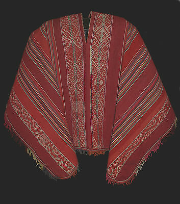 IMPRESSIVE COMPLICATED ANTIQUE CEREMONIAL PONCHO Bolivia. Raised Designs TM12878
